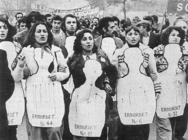 Demonstration in Dortmund gegen eine Kundgebung der türkischen Faschisten in der Westfalenhalle (Oktober 1978)