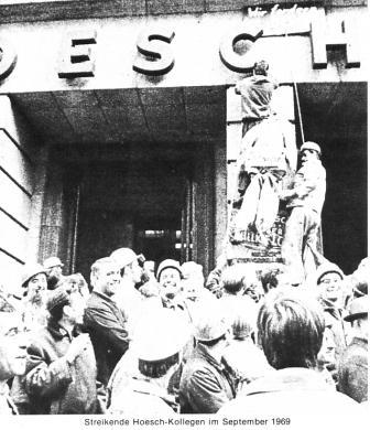 Streikende Hoesch_Kollegen im September 1969