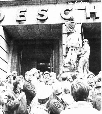 Streikende Hoesch_Arbeiter im September 1969