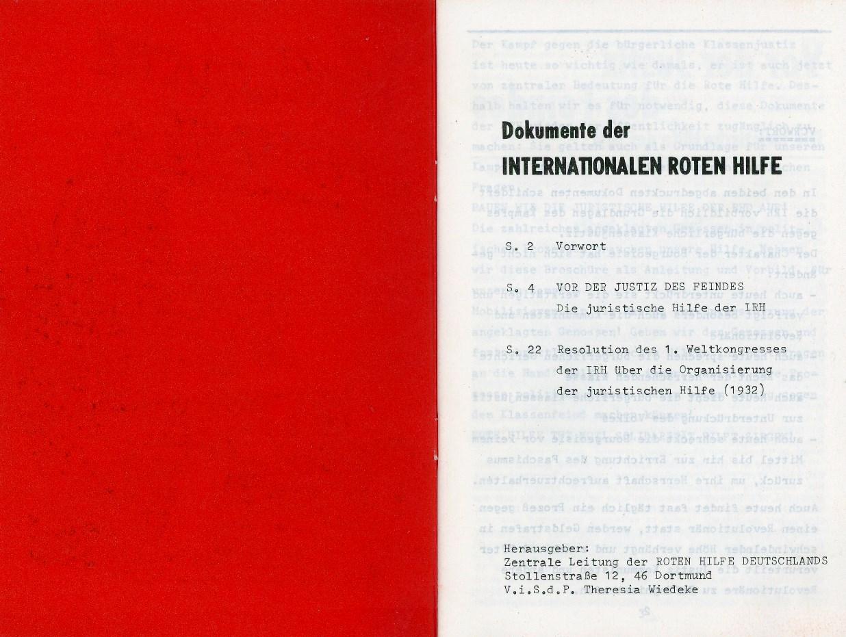 RHD_1976_Vor_der_Justiz_02