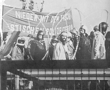 Foto: 13.11.1976 am Zaun des geplanten AKW Brokdorf
