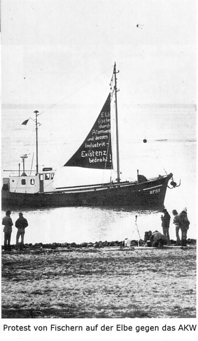 Foto: Protest von Fischern auf der Elbe gegen das geplante AKW Brokdorf