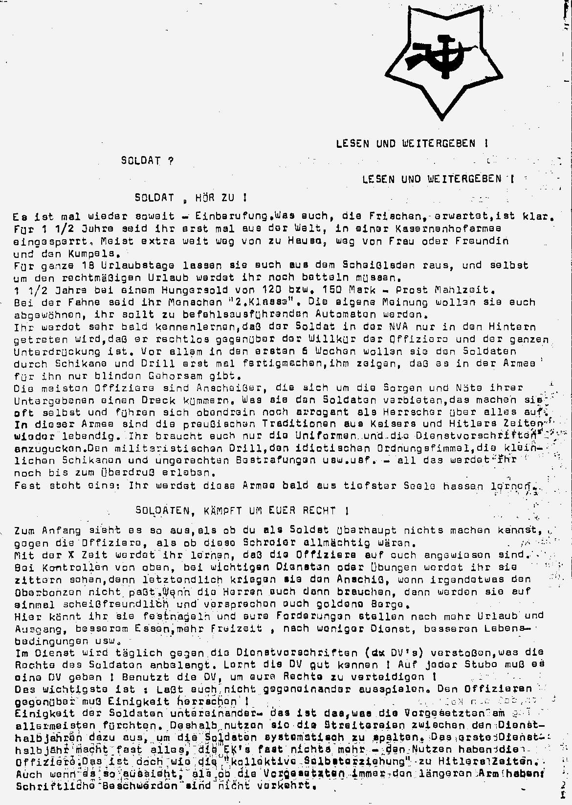 DDR_KPDML_FB_Soldat_hoer_zu_19780000_01
