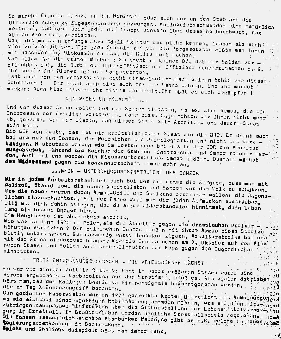 DDR_KPDML_FB_Soldat_hoer_zu_19780000_02